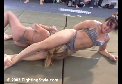 Cindy Huntress headscissors